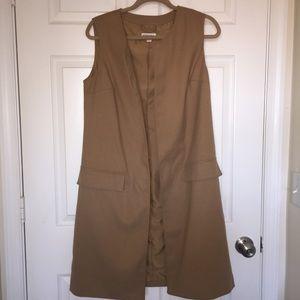 Camel long sleeveless vest